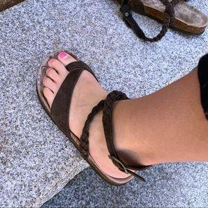 5/$25🛍 Muk Luks   braided strap sandals